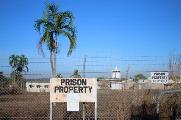 (FILE) A general view shows the current Don Dale youth detention centre in Darwin, Northern Territory, Australia, 27 July 2016.  The Australian government on 01 August 2016 replaced the head of the commission established to investigate the abuse of minors in youth detention centers in the Northern Territory, following pressure to include aboriginal representatives. EPA/NEDA VANOVAC AUSTRALIA AND NEW ZEALAND OUT