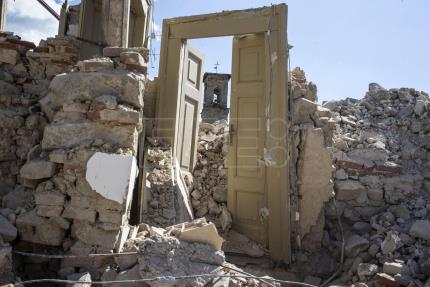 Italian towns ravaged by earthquake fear another slow, endless reconstruction