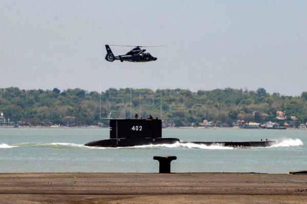 Missing submarine only has 72 hours of oxygen left: Indonesian Navy
