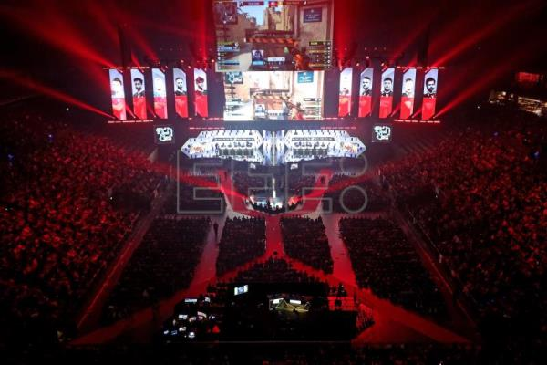 Eyes of the world turn to esports during coronavirus lockdowns