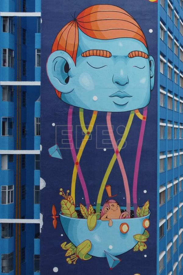Brazilian graffiti sensation, Thales Pomb is inspired by blue and Goya