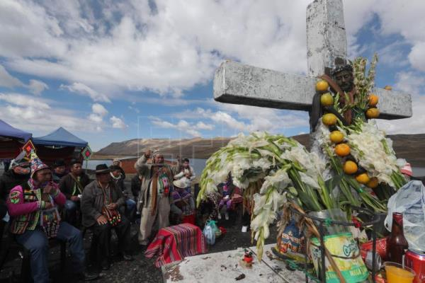 Andean ritual asks deities to ward off COVID-19 from Bolivia