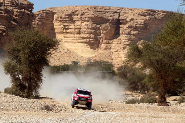 Peterhansel, Quintanilla claim 9th stage of Dakar Rally in cars and bikes