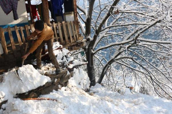 At least 50 dead, 20 missing amid avalanches in Pakistan-controlled Kashmir