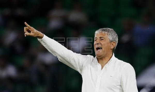 Valverde out as Barcelona's head coach; Quique Setien named as replacement
