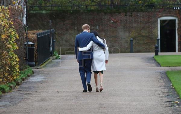 Duke and Duchess of Sussex will no longer use royal titles