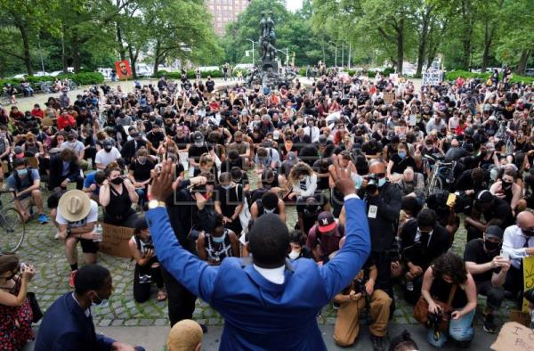 Protests against police brutality pass off peacefully in New York City