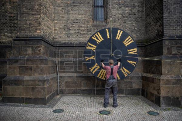 Prague woman keeps age-old artisanal clockmaking alive