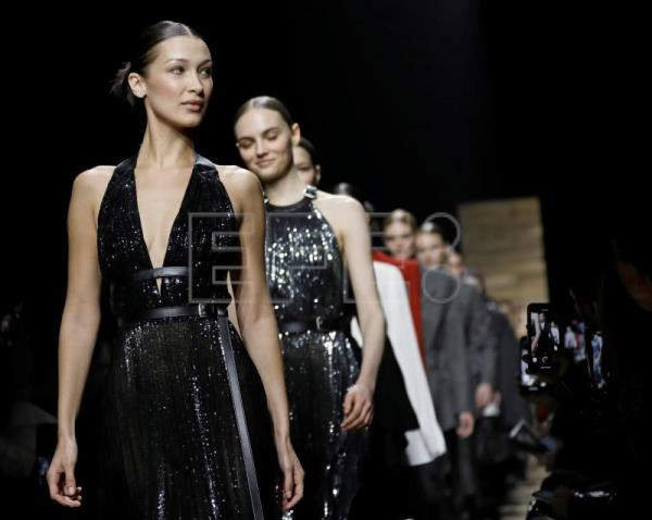 Michael Kors evokes country living at New York fashion week