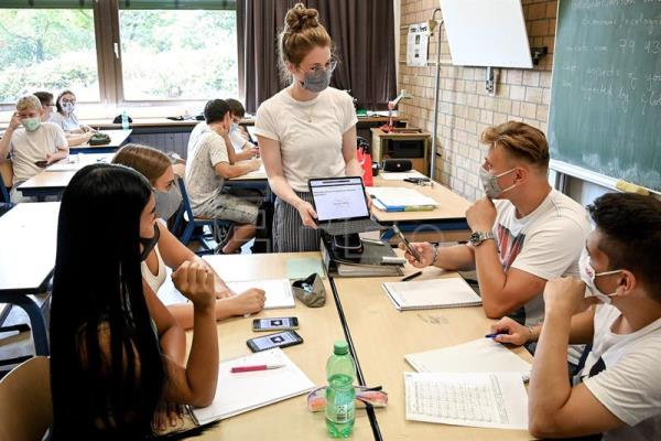 New school year begins in Germany amid coronavirus woes