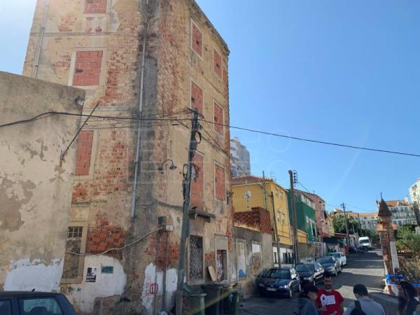 A slum in the heart of Lisbon