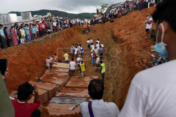 "Unemployment, poverty behind Myanmar jade mine ""tragedy"": Aung San Suu Kyi"
