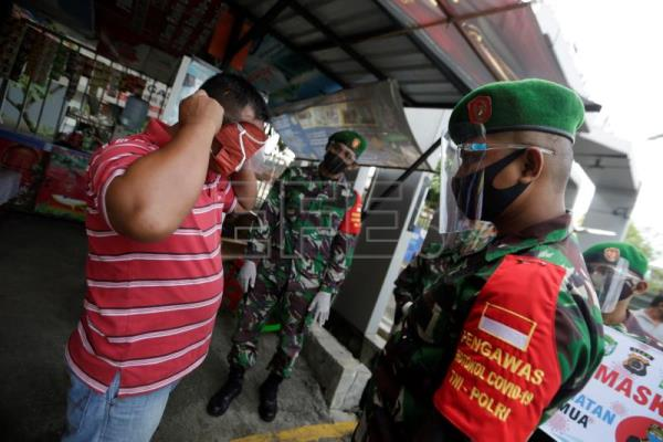 Soldiers over scientists: Generals lead virus fight in Indonesia, Philippines