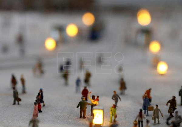 Mini Model Train Museum Hosts Croatia S Only Christmas Market In 2020 Outstanding English Edition Agencia Efe