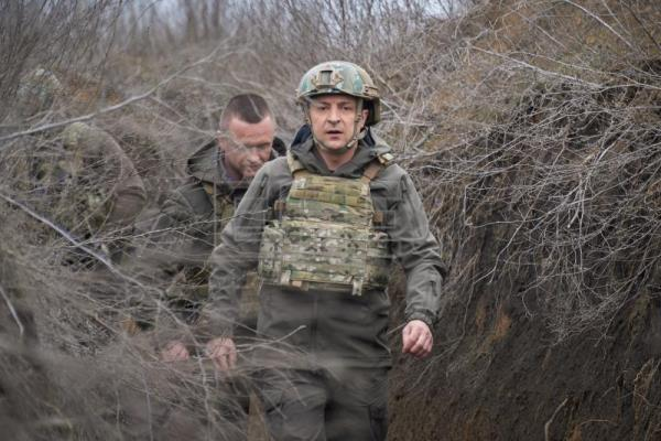 As Russia amasses troops on border, fears and support grow in Ukraine