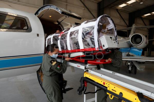 Mexican navy deploys air ambulances in battle against Covid-19