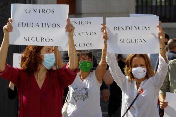 Roundup: protests in Spain, political revolt in UK, discontent in France