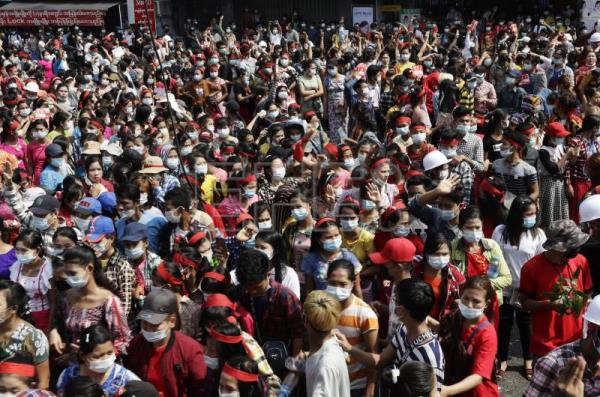 Myanmar junta blocks internet countrywide as thousands protest military coup
