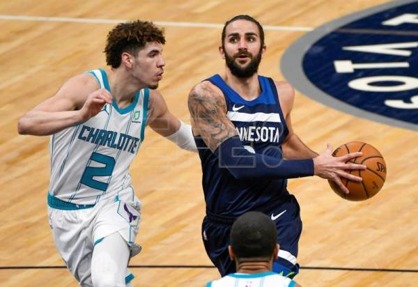 102-135: Los Hornets humillan a los Timberwolves en Minneapolis