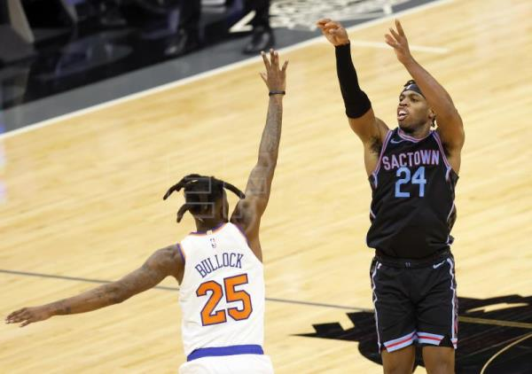 107-121. Hield logra su mejor marca de temporada y Kings sorprenden a Magic