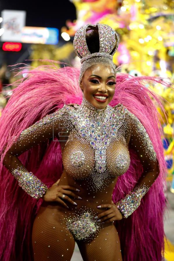 Sao Paulo dances Brazilian samba rhythms on first day of Carnival