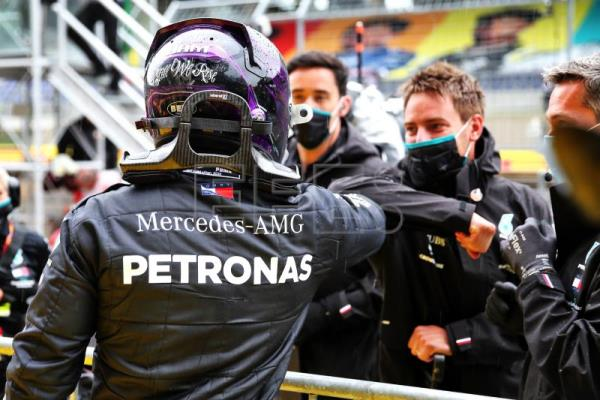 Hamilton wins Styrian Grand Prix as Mercedes clinch one-two