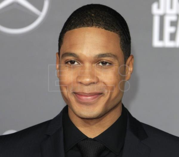 "Ray Fisher acusa a Joss Whedon de comportamiento abusivo en ""Justice League"""