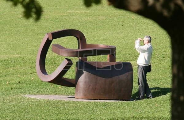 An Eduardo Chillida sculpture in the park of the Chillida-Leku Museum, Hernani (Guipúzcoa), Spain, Nov. 7, 2006. EFE/Juan Herrero