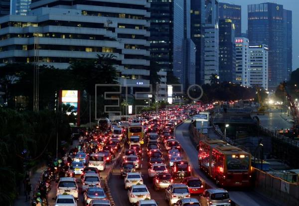 Indonesia to finalize proposal of alternative capital as Jakarta sinks