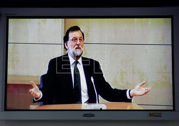 A TV grab taken from the internal video signal shows Spanish Prime Minister Mariano Rajoy as he testifies for the 'Gürtel' corruption trial at the National Court in San Fernando de Henares in Madrid, Spain, July 26, 2017. EPA/COURT TV/POOL