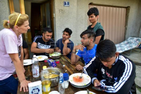 Mother Lenche, the Macedonian who sees her sons in the migrants she helps