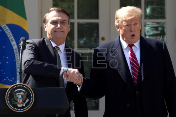 Bolsonaro refuses to rule out supporting possible US Venezuela intervention