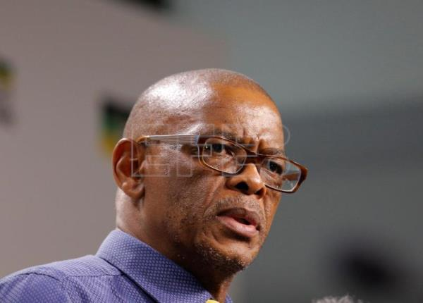 ANC's Secretary General Ace Magashule addresses the media with feedback from the ANC NEC meeting held overnight, in Johannesburg, South Africa, Feb. 13, 2018. EPA-EFE/KIM LUDBROOK