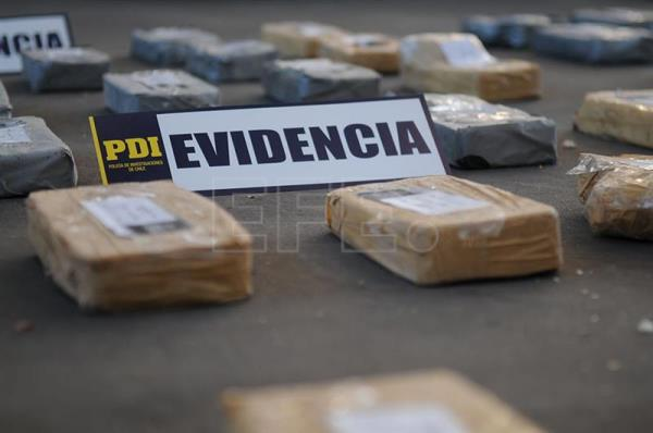 Photograph provided by Chile's Investigative Police (PDI) of the drugs seized from a cocaine ring operating in south Santiago, Chile, Feb. 13, 2018.  EPA-EFE/PDI