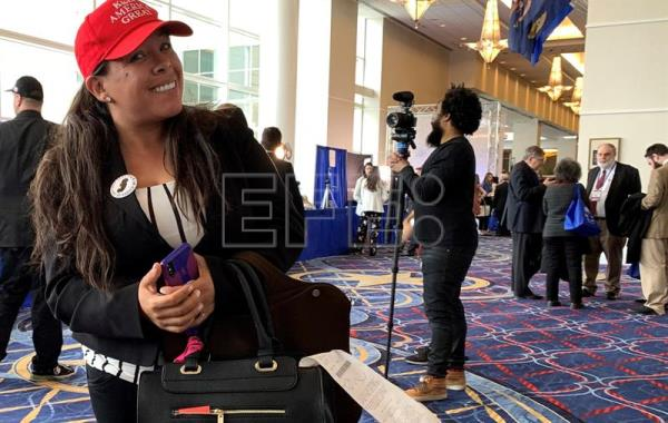 Mexican-American woman wins supporters for Trump on social media