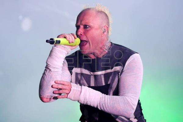 Confirman que Keith Flint, cantante de The Prodigy, se suicidó