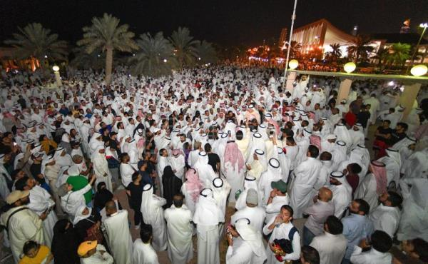 Thousands stage sit-in in Kuwait to protest corruption
