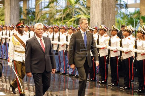 Cuban president welcomes visiting Spanish royals