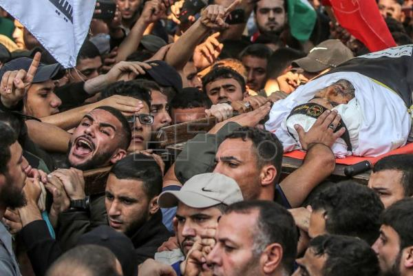 2 dead, dozens injured in violence after Israel kills militant leader