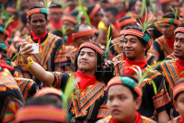 Rural Aceh hosts 12,000-member synchronized traditional dance