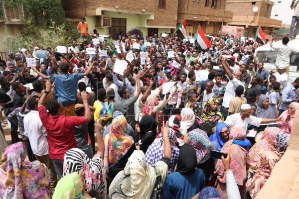 7 Demonstrators killed, 101 injured during Sudan protests