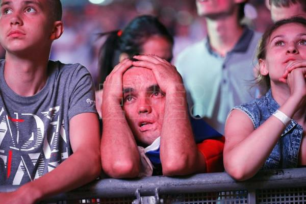 8bf643810b6 Croatia squeaks past host Russia on penalties to reach World Cup semis