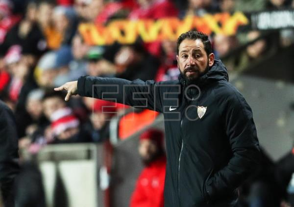 Sevilla's former head coach Pablo Machin reacts during the UEFA Europa League round of 16, second leg soccer match between SK Slavia Prague and Sevilla FC in Prague, Czech Republic, Mar. 14, 2019. EPA-EFE/MARTIN DIVISEK