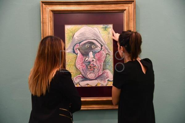 "Art find of century: Picasso's ""Tete d'Arlequin"" could be publicity stunt"
