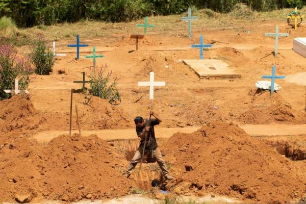 4 Inmates killed during transfer following deadly Brazil