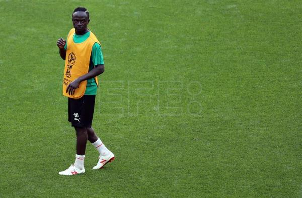 Senegal coach praises Mane ahead of World Cup duel with Poland