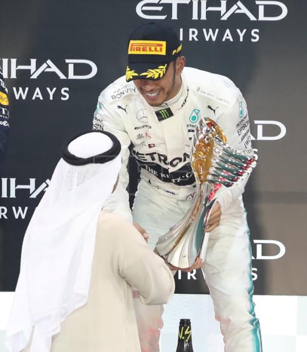 Hamilton wraps up victorious 6th year on high note in Abu Dhabi
