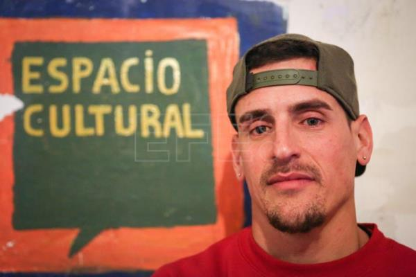 Uruguayan rapper Kung Fu OmBijam brings culture, education to prison