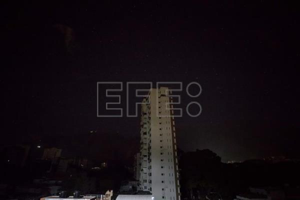 The blackout in Caracas, Feb. 14, 2018. EPA-EFE/Miguel Gutierrez