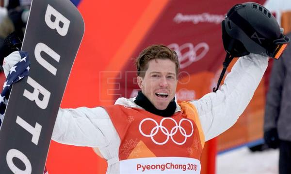 Gold medal winner Shaun White of the USA celebrates in the finish area after the Men's Snowboard Halfpipe Final Run at the Bokwang Phoenix Park during the PyeongChang 2018 Olympic Games, South Korea, Feb. 14, 2018. EPA-EFE/SERGEI ILNITSKY